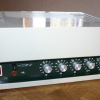 Ampli ligne 50/100 volts Bouyer 120w/240w